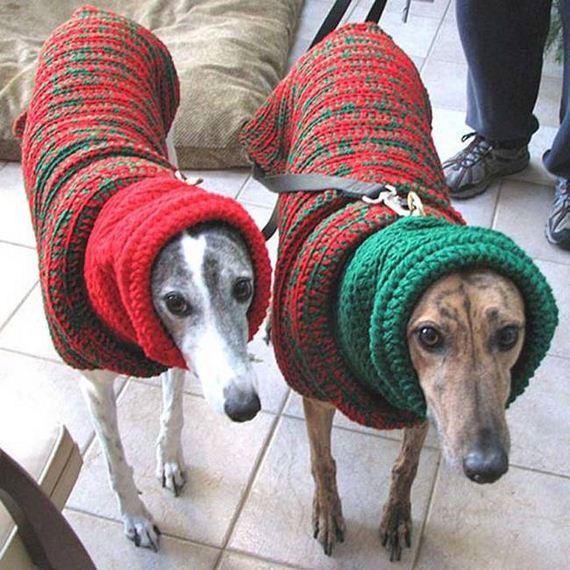 02-Ugly-Christmas-Sweaters