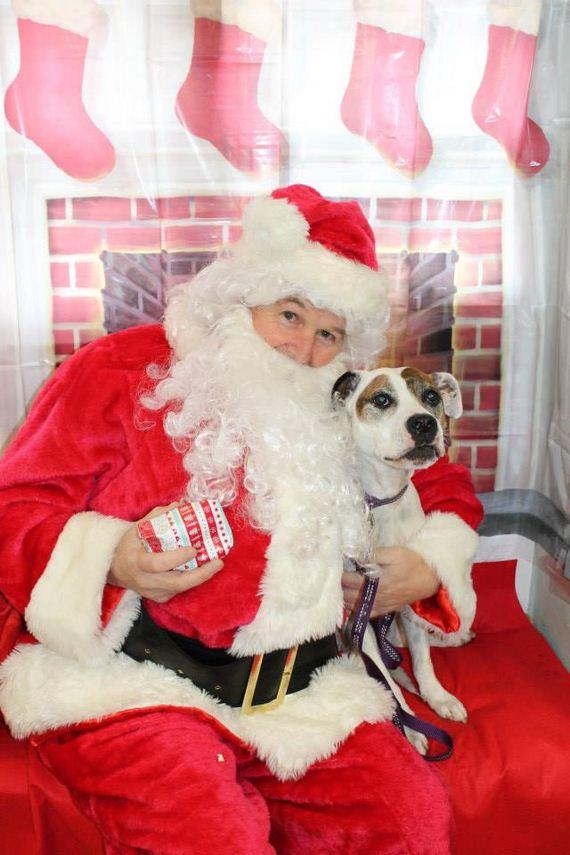 04-Posed-With-Santa-ClausPosed-With-Santa-Claus