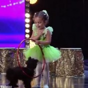 This 4-Year-Old Girl And Her Dog Just Blew This Audience Away