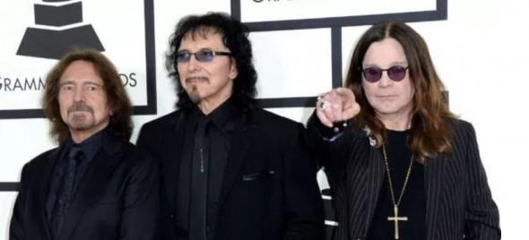 Member of Black Sabbath Donates to Fund to Catch Dog Killer