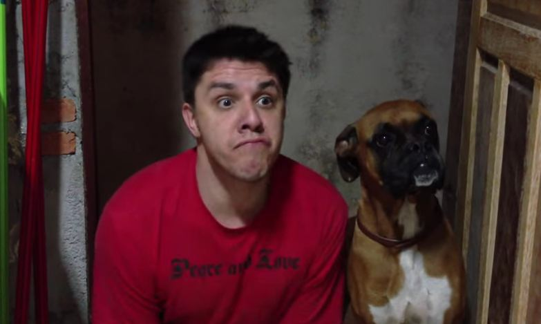 Human Decides To Act Just Like His Dog, And His Impression Is Hysterical