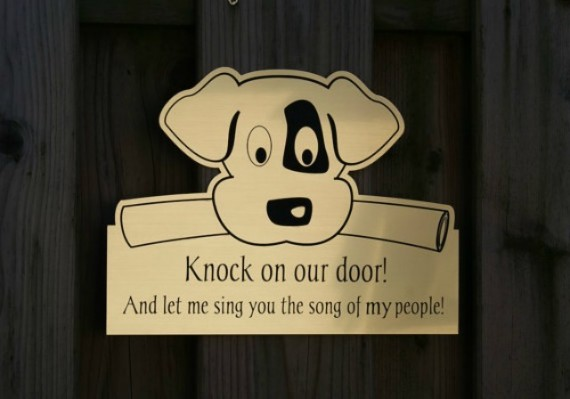 Clever 'Beware Of Dog' Signs That'll Make You Laugh Out Loud