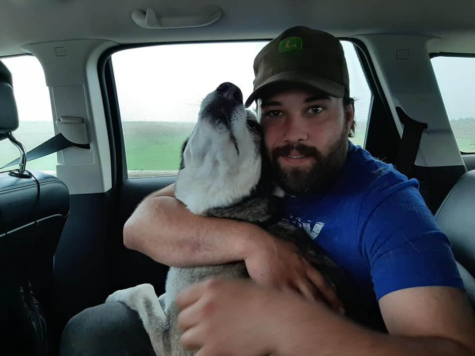 Emotional reunion, four years after dog's disappearance
