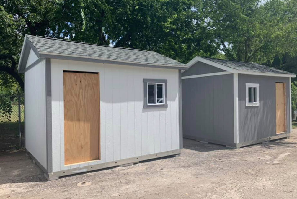 Shelter Lets Their Dogs Live In Custom Tiny Homes Instead Of Cages